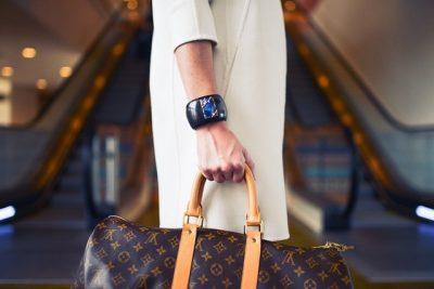 PËR TË DASHURUARAT PAS LOUIS VUITTON/ Ja 10 mënyrat për të kuptuar nëse çanta është falso