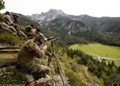 """NJË """"MAKINERI VRASËSE"""" GJAKFTOHTË/ Njihuni me snajperët e NATO-s (FOTO)"""
