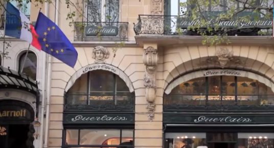 """LIGJI KUNDËR NDËSHKIMIT FIZIK/ """"Shuplaka"""" ndaj fëmijëve në Francë është krim"""