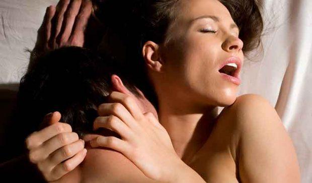 Zbuloni 5 pozicionet për një seks anal të paharrueshëm (FOTO)