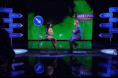 MODERATORJA I THOTË SE E KA FIKSIM/ Zheji: Unë të shmangem (VIDEO)
