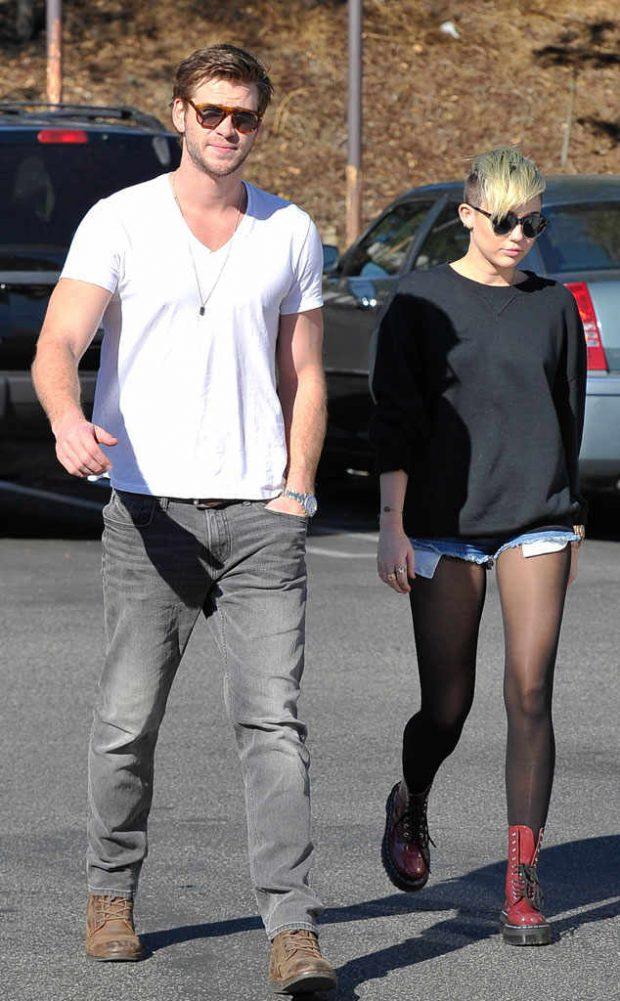 SHKRUMB E HI/ Liam dhe Miley tregojnë gjendjen e shtëpisë pas zjarrit që përpiu Kaliforninë (FOTO)