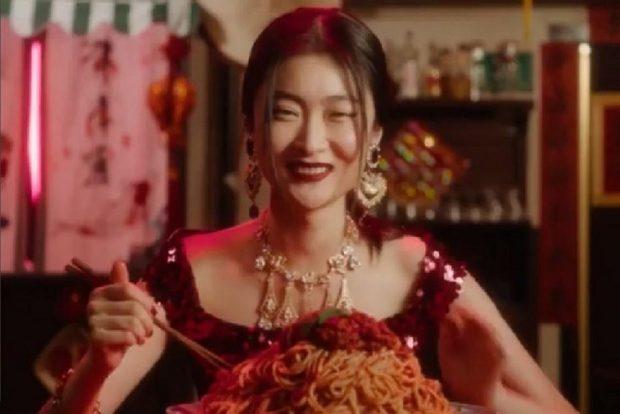 AKUZOHEN PËR RACIZËM/ Anulohet shfaqja e Dolce Gabbana në Kinë (FOTO)