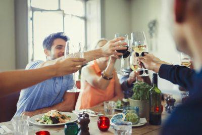 STUDIMI I RI/ Një gotë alkool në darkë mban vdekjen larg