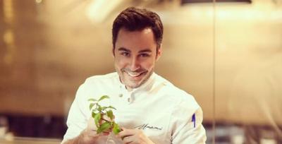 Sot është shef i njohur kuzhine/ Nuk do ta besoni por ja çfarë pune bënte dikur Renato Mekolli (FOTO)