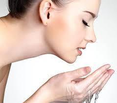 Këto 5 rregulla të makijazhit të gjithë duhet të dinë për një lëkurë të mrekullueshme