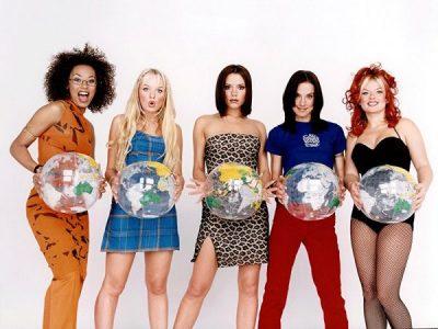 """NUK DO TË JETË PJESË E """"SPICE GIRLS""""/ Victoria Beckham ka një mesazh për anëtaret e grupit (FOTO)"""
