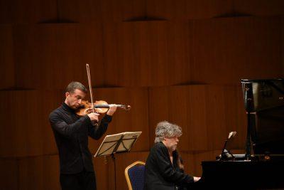 VIOLINË DHE PIANO/ Natë e pazakontë me sonatat e Beethoven (FOTO)