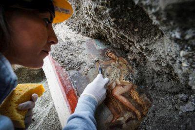"""""""LEDA DHE MJELLMA""""/ Zbulimi i jashtëzakonshëm në Pompei (FOTO)"""