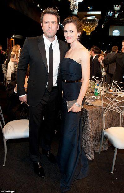 ZYRTARISHT TË NDARË/ Çifti i njohur i aktorëve i jep përfundimisht fund martesës (FOTO)
