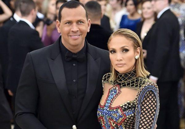 NUK KA FAJË/ I dashuri i Jennifer Lopez ka frikë se një ditë këngëtarja mund të ndahet prej tij