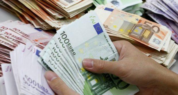 KOMPANIA GABON ME BONUSET E PUNONJËSVE/ Në vend të 100 eurove u transferon nëpër llogari… 30 mijë