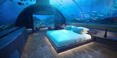 PËRRALLORE/ Brenda hotelit luksoz ku mund të flini me peshqit (VIDEO)