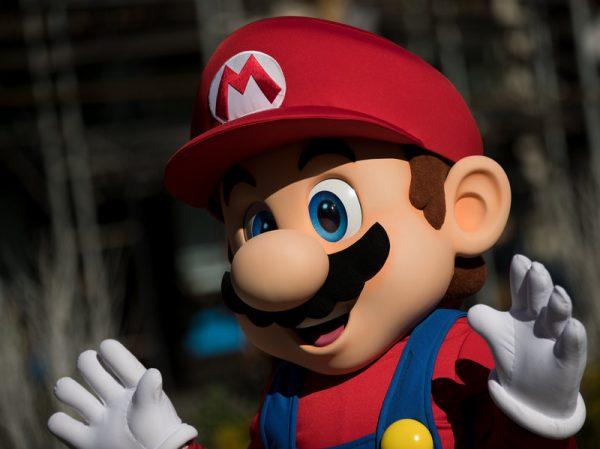 """NË MOSHËN 84 VJEÇARE/ Ndahet nga jeta """"Super Mario"""""""