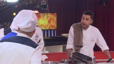 """E RËNDË/ Nuk përballoi dot presionin. Konkurrenti i """"Hell's kitchen"""" pret damarët (FOTO)"""