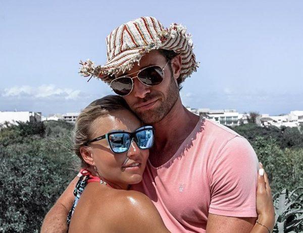 Aktori njohur hedh hapin e rëndësishëm për karrierën/ Partnerja i bën dedikimin romantik (FOTO)