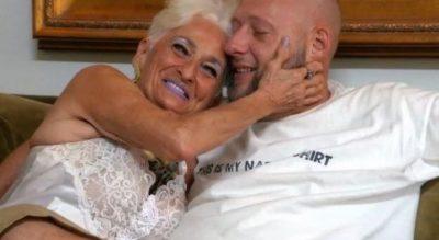 SEKS ME TË DASHURIN 39 VJEÇAR/ Gjyshja tregon se si e përballon (FOTO)