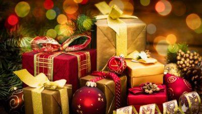 FESTAT E FUNDVITIT/ Ja disa ide dhuratash për të dashurit tuaj