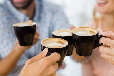 NDOSHTA NUK E KENI DITUR/ Ju themi çfarë njerëzish jeni në varësi të kafes që pini