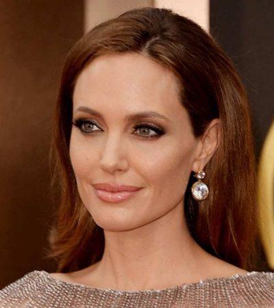MË FUND PAK QETËSI/ Angelina Jolie feston pranë fëmijëve
