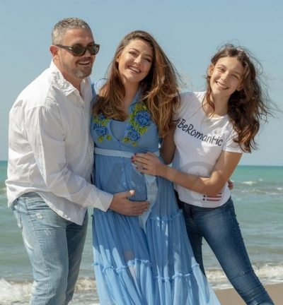 JANË TË PANDASHËM/ Bieta Sulo na prezanton me portretin e adhurueshëm të familjes së saj