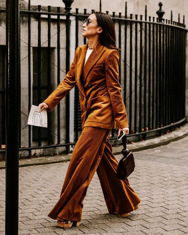 Shihni 5 gjërat që nuk duhet të mungojnë në dollapin e çdo vajze që e quan veten fashioniste (FOTO)