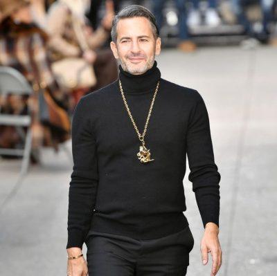 U SUPRIZUAM/ Marc Jacobs po nxjerr në treg një markë të re me çmim të përballueshëm (FOTO)