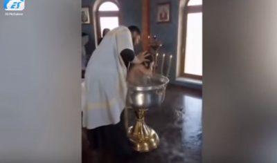 """""""E KA PUSHTUAR DJALLI""""/ Prifti torturon vogëlushen dyvjeçare (VIDEO)"""