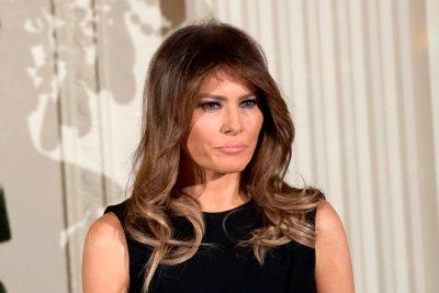 """BESOJENI OSE JO/ Melania Trump veshi fustanin e """"Céline"""" dhe la në hije modelen në pasarelë (FOTO)"""