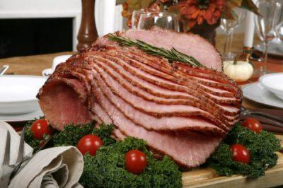 TAVOLINA E VITIT TË RI/ Këto janë ushqimet fatsjellëse që nuk duhet të mungojnë