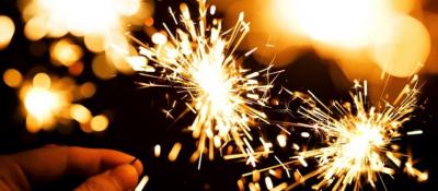 """NGA DORDOLECËT TEK FATURAT/ Shtatë traditat më të çmendura të """"Vitit të Ri"""" në të gjithë botën"""