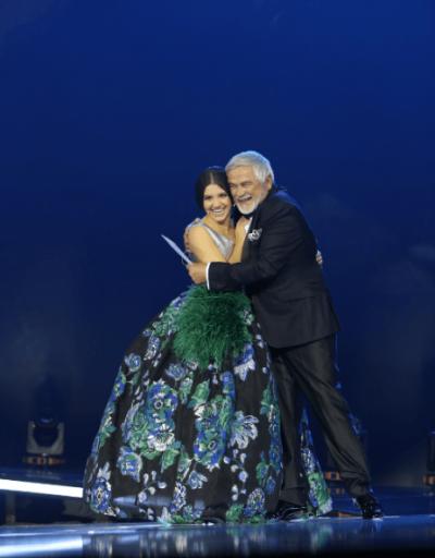 """""""PUBLIKU RA NË DASHURI ME TË""""/ Ana Gojla, artistja mbresëlënëse që na zbuloi Festivali i Këngës (FOTO)"""