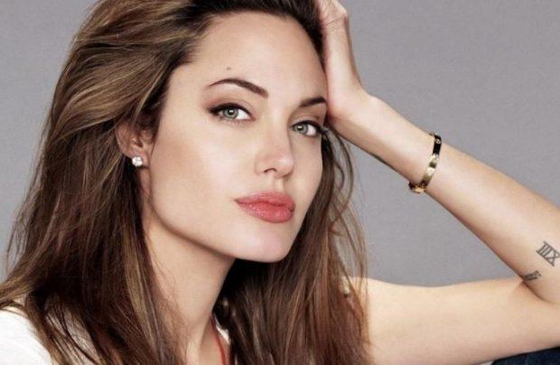 """""""JAM NË GJENDJE TË…""""/ Angelina Jolie do largohet nga aktrimi për të hyrë në politikë?"""