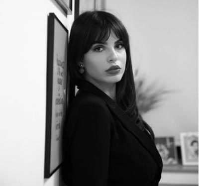 """""""PRISNI REZULTATIN""""/ Armina Mevlani tregon """"taktikat"""" e saj për të bërë për vete një mashkull (FOTO)"""