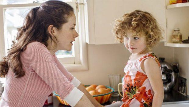 SIPAS STUDIMEVE/ Kështu mund të rrisni fëmijë të mençur dhe suksesshëm