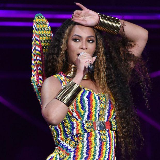 """PO PERFORMONTE ME ED SHEERAN/ Beyonce gati sa nuk e """"hëngri me sy"""" gjatë stonimit (VIDEO)"""