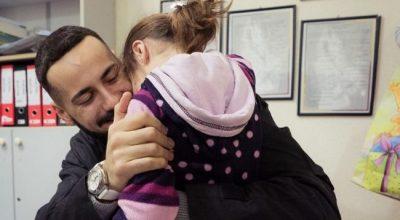 ME RASTIN E FESTAVE/ Capital T surprizon me dhurata fëmijët me aftësi të kufizuara (FOTO)