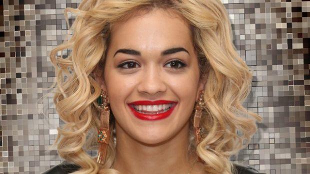 NUK NA SHPËTUAN DOT/ Rita Ora kapet mat me të dashurin e ri në Londër (FOTO)