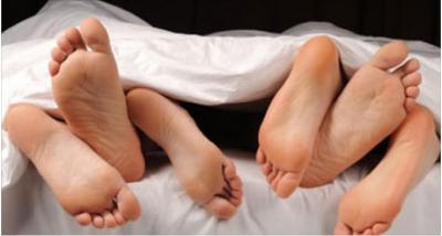 """Mendoni për një seks treshe me shoqen e ngushtë? Ja 5 pozicione që do t'iu """"nderojnë"""" të dyjave (FOTO)"""