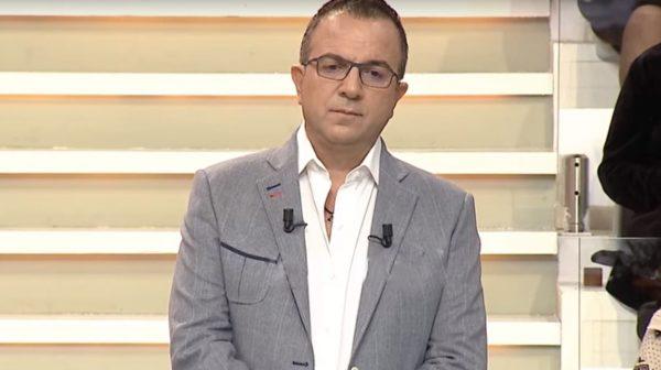 """MEZI PO E PRISNIM/ Ardit Gjebrea zbulon surprizën e madhe për natën finale të """"Kënga Magjike"""""""
