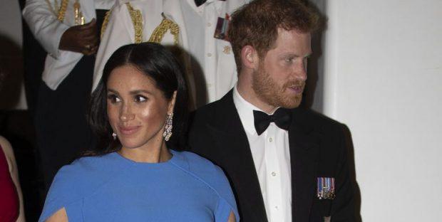 """U NXEH SITUATA/ Motra e Meghan Markle """"e sulmon"""" publikisht atë dhe Princin Harry (FOTO)"""