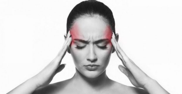 MOS I NEGLIZHONI/ Këto janë shenjat që tregojnë se vuani nga migrena