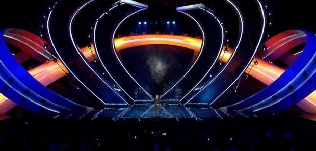 """KUSH KALOI NË FINALE? Këngëtarët konfirmojnë se janë pretendentë për çmimin e madh të """"Kënga Magjike"""" (VIDEO)"""