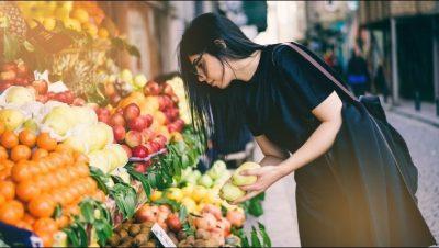 """""""DIETA PLANETARE E SHËNDETIT/ Regjimi ushqimor që shkencëtarët rekomandojnë të fillojë që nga mosha 2-vjeçare"""