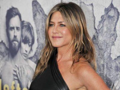 PUSHIME ME SHOQËRINË/ Jennifer Aniston mbyll vitin në mënyrën më të mirë të mirë të mundshme