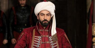 """PËRFUNDON """"MEHMET PUSHTUESI""""/ Nis seriali i ri turk ku luan aktori i njohur shqiptar (FOTO)"""
