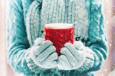 MUND TË JETË E RREZIKSHME PËR TRUPIN TUAJ/ Ja pse s'duhet të pini kafe gjatë ditëve të ftohta