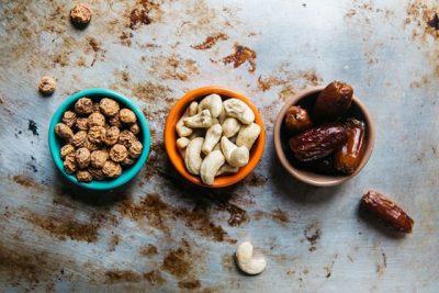 PËR GRATË E ZËNA ME PUNË/ Këto ushqime të shëndetshme do t'ju shpëtojnë nga kilet e tepërta