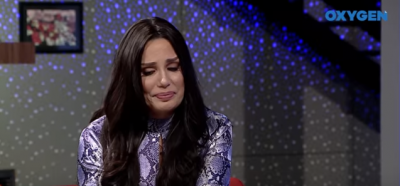 PËRLOTET TEKSA RRËFEN HISTORINË PREKËSE/ Albërie Hadërgjonaj: U largova nga mami për të qenë dikushi në jetë (VIDEO)