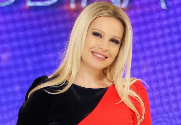 """""""Ç'SKANDAL KISHTE PLASUR"""" Rudina Magjistari revoltohet ndaj portaleve për mashtrimin e Edlir Rekës"""